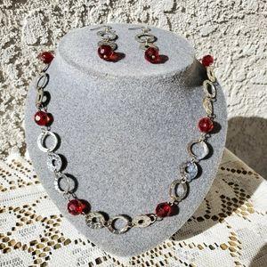 Set of neckalace matching earrings